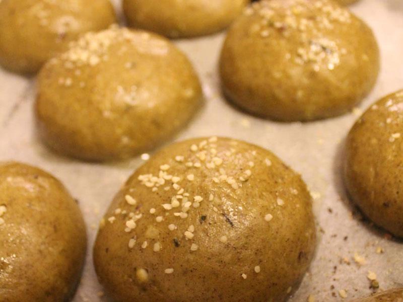 Baking with hemp flour